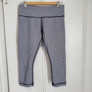 Lululemon Navy Gingham Wunder Under Crop II